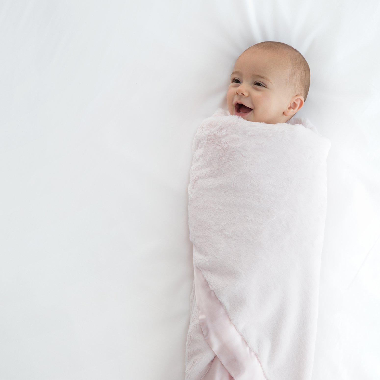 2805bebe7 Luxury Baby Blankets, Baby Gifts, Baby Clothes & Throw Blankets
