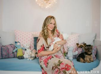 Molly Sims Little Giraffe