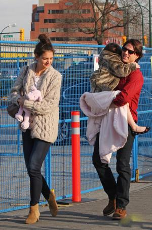 Tom Katie and Suri with Little Giraffe2