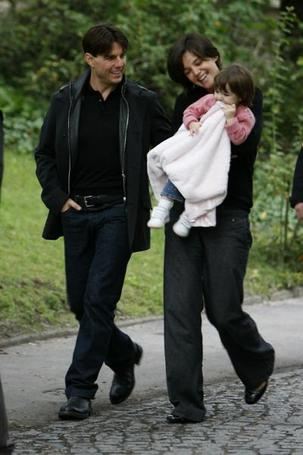 Suri with Blanket