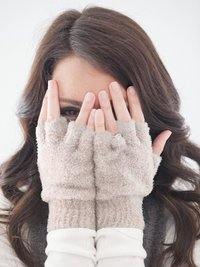 Dolce™ Fingerless Gloves + Infinity Scarf
