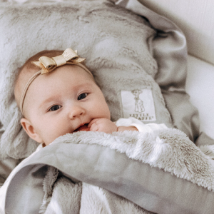 Cozy baby goals! We're running a fun little giveaway with @ashleefrazier - check out her post to enter to win a baby blanket + baby pillow of your choice. Winner will be announced on her page on Monday - good luck!
