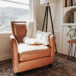Cozy corners with our Luxe Loft Throw. Photo by @___thebakers